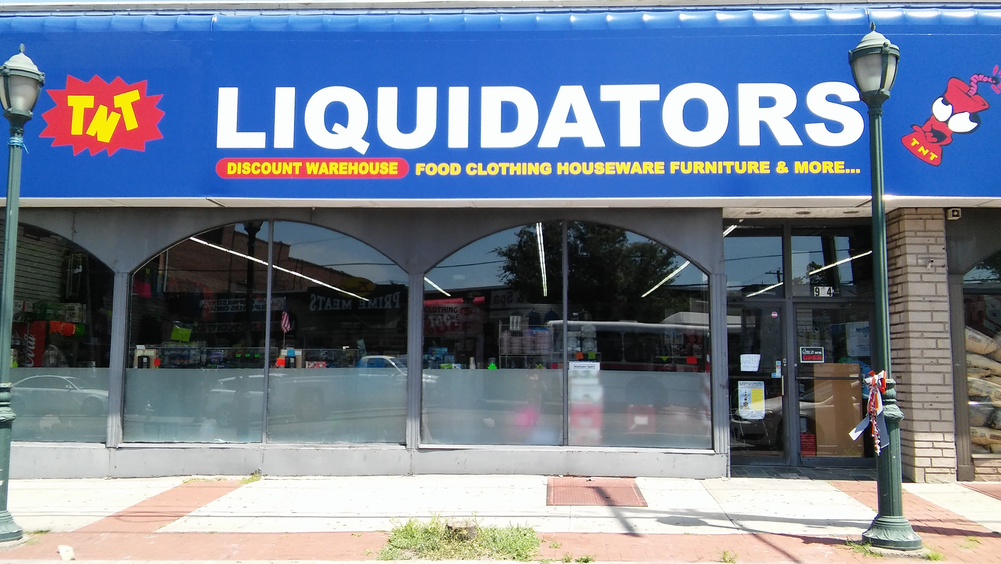 about us tnt liquidators discount clothing food housewares
